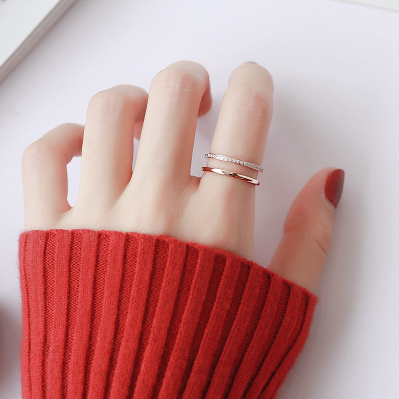 Elegant Two-Piece Ring for Everyday Use