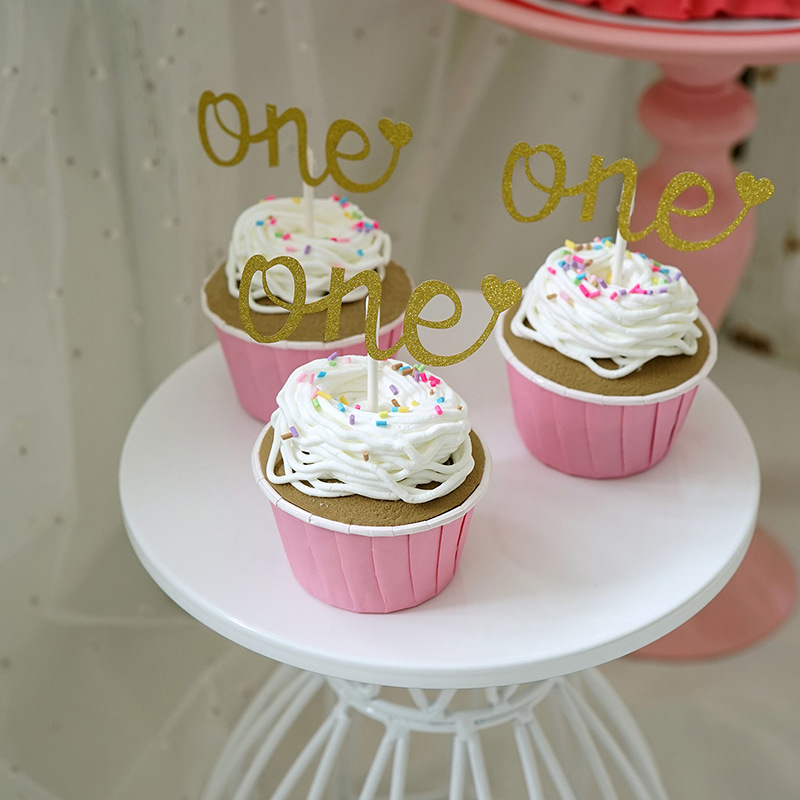 Clay Cupcake Props for Children's Party