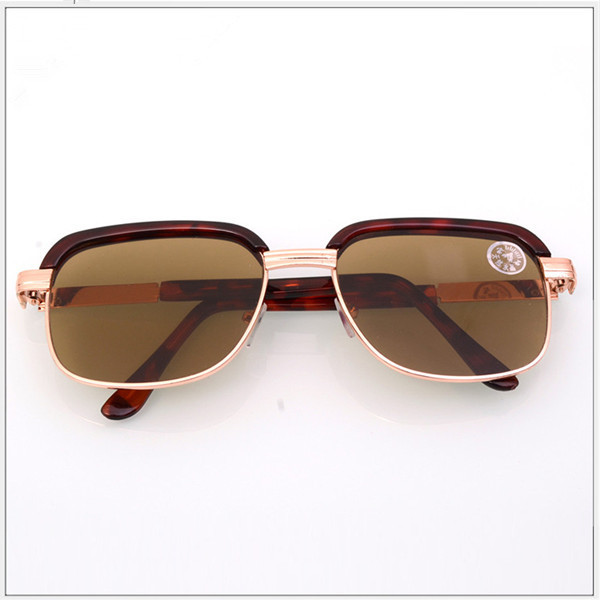 Stunning Leopard Sunglasses for Outdoor Use