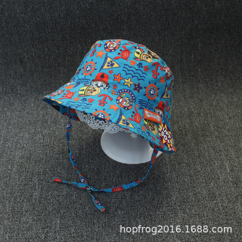 Colorful Underwater-Themed Bucket Hat for Beach Trips with the Kids