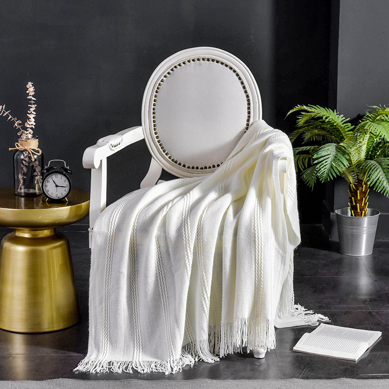 Dependable Bohemian Tassel Blanket for Decoration and Sleep