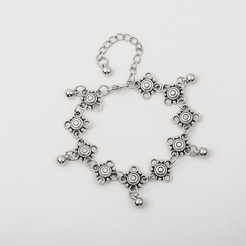 Charming Floral Anklet for Beach Feels