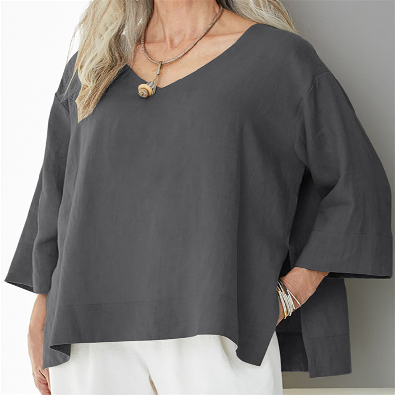 Relaxed-Fit Kimono Sleeve V-Neck Top for Women's Contemporary Casuals