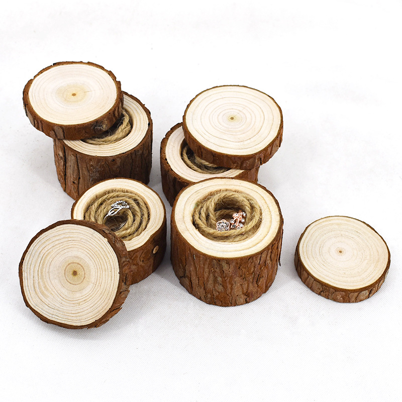 Round Log Ring Box for Marriage Proposal