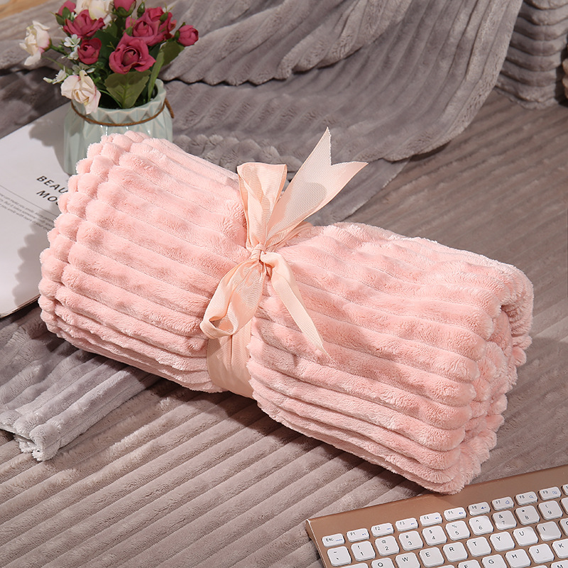 Luxurious Double-Sided Flannel Blanket for Travelling
