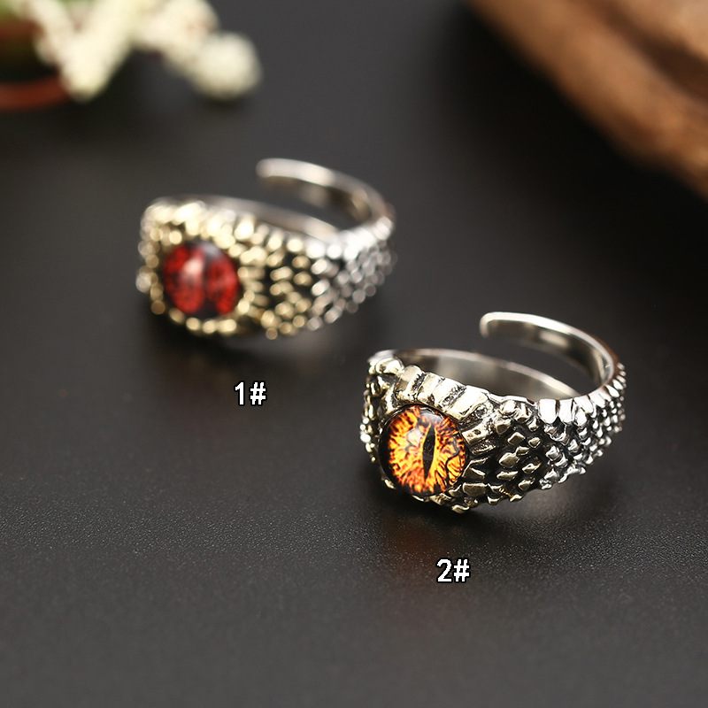 Glamorous Silver Ring for Special Occasions