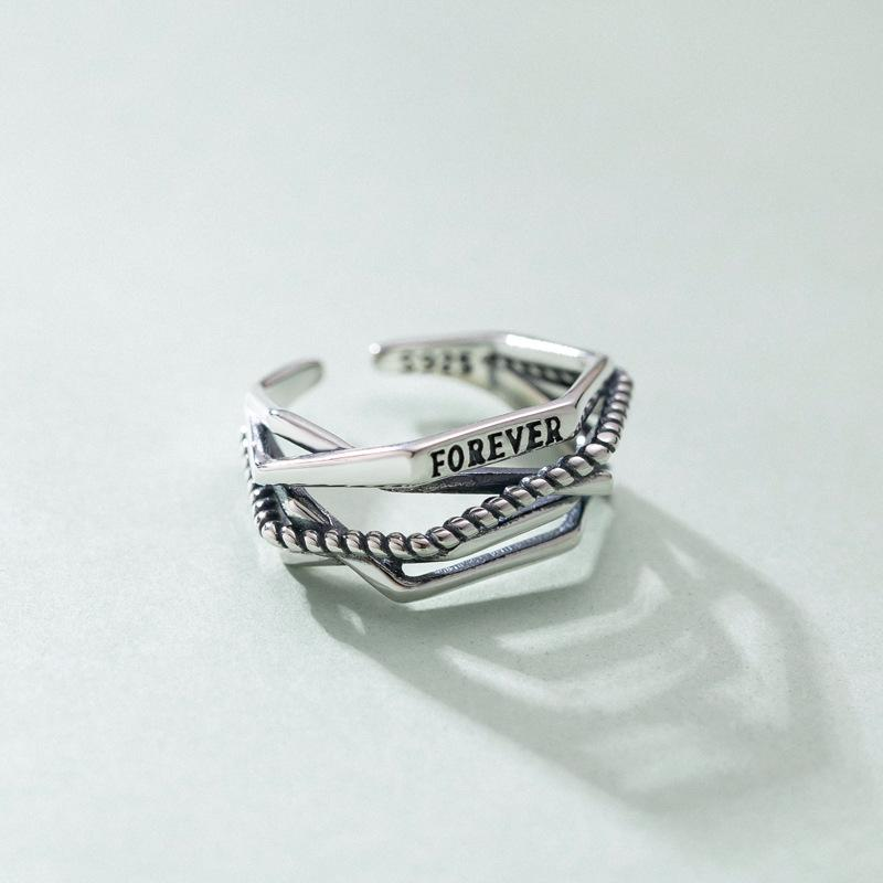FOREVER Vintage Multilayered Ring