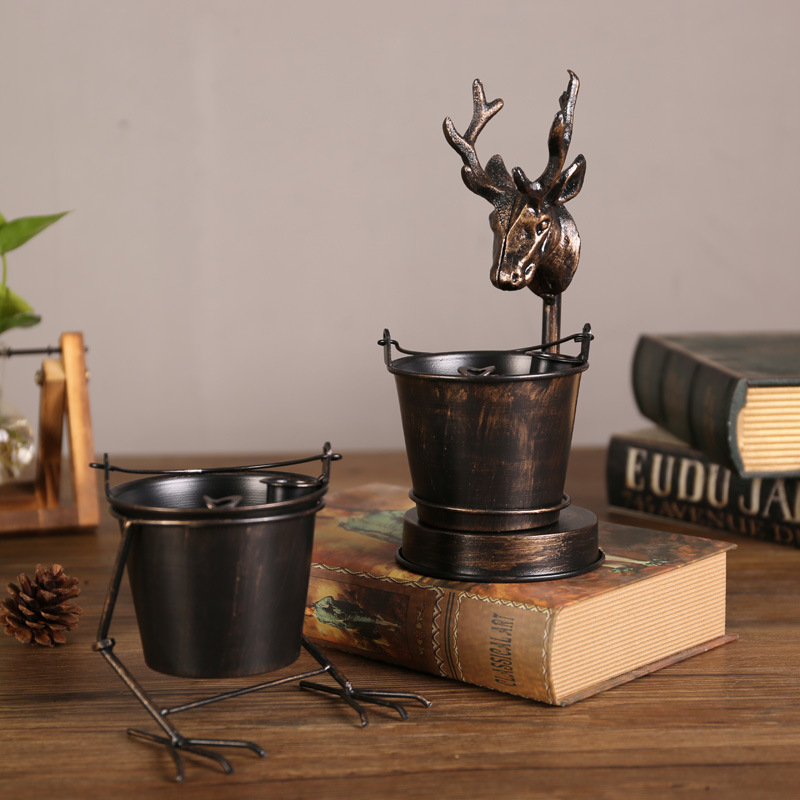 Gorgeous Wrought Iron Ashtray for Smokers Must-Have
