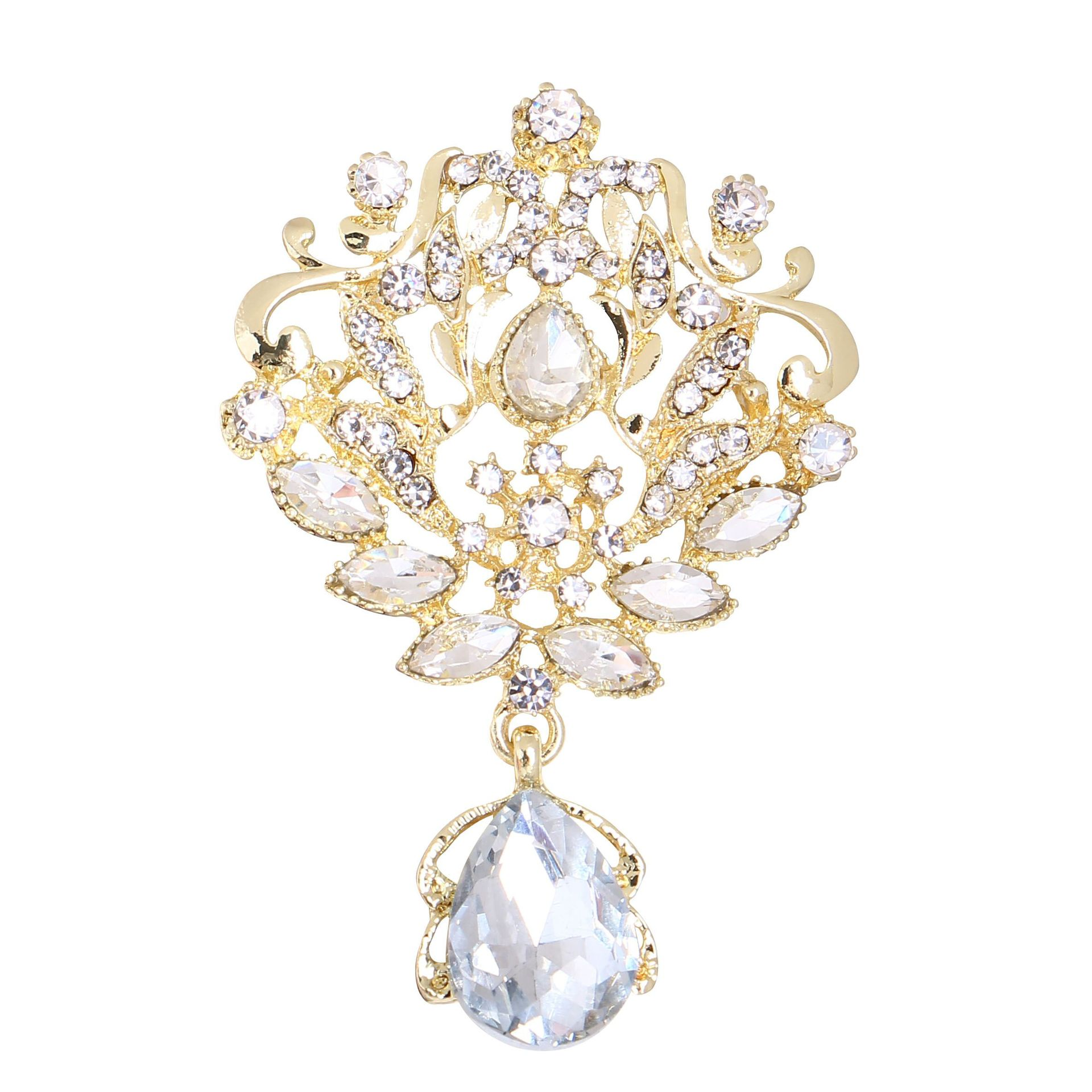 Beautiful Crystal Brooch for Decorous Wardrobe Accessories