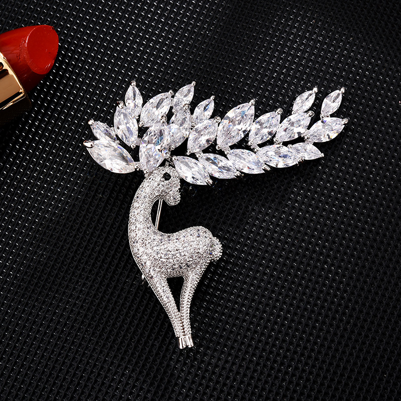 Exquisite Deer Faux Diamond-Studded Antlers Brooch for Fancy Street Accessories