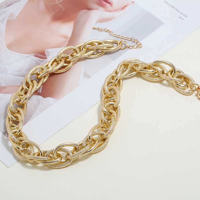 Textured Gold-Plated Necklace for Formal Party Attire