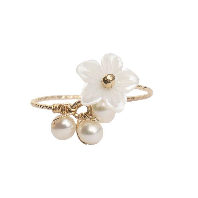 Shell Flower and Pearl Golden Ring
