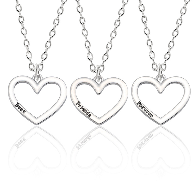 Simple 'Best Friends Forever' Heart Necklace for Matching Casual Outfits