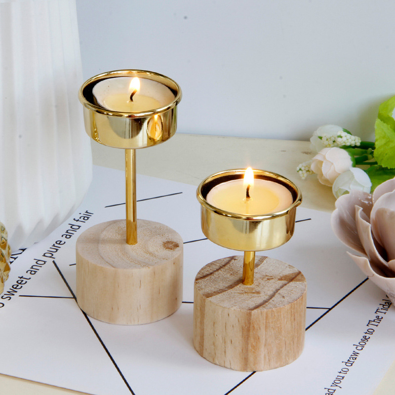 Cute Wooden Candle Holder for Romantic Dinner