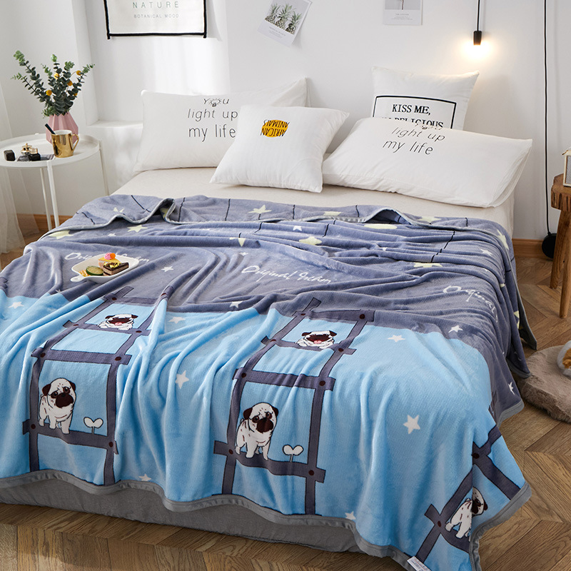 Simple Printed Polyester Blankets for Cute Bedrooms