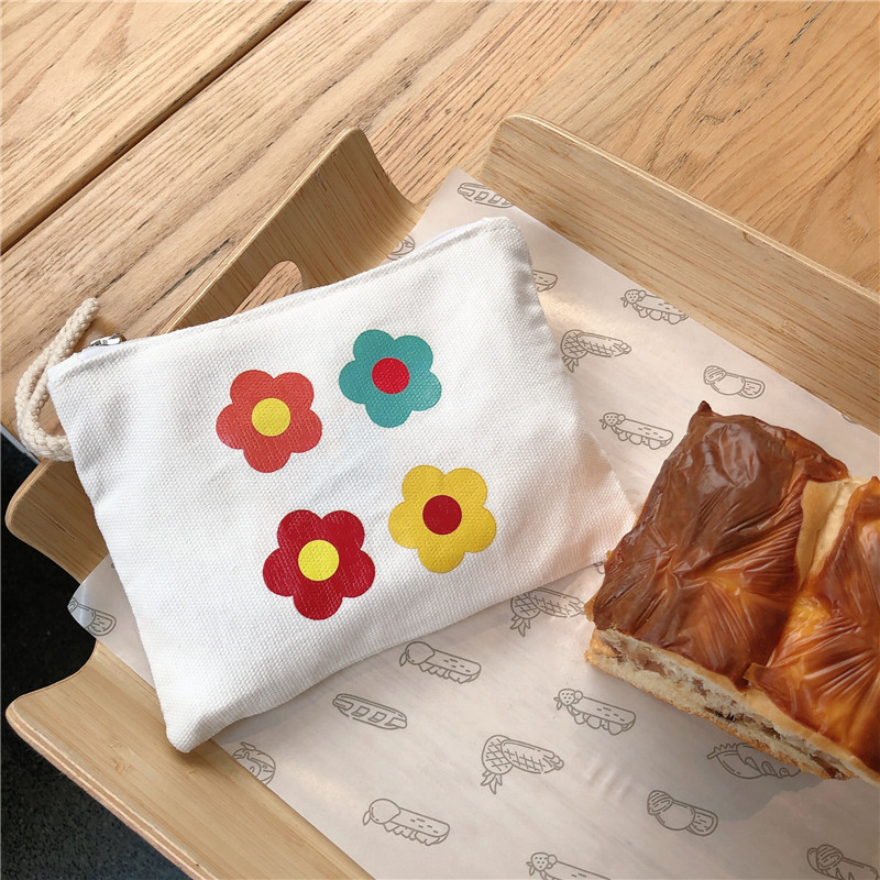 Cute Flowers and Bee Purse for Card Holder