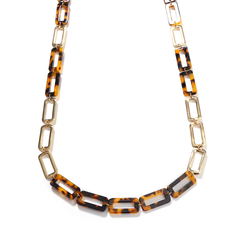 Reanna Rounded Rectangle Acrylic Chain Necklace