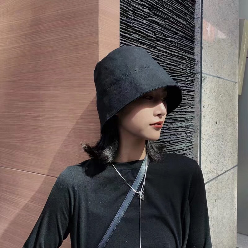 Basic Black Fine Cotton Bucket Hat for Stylish Casual Get-Ups