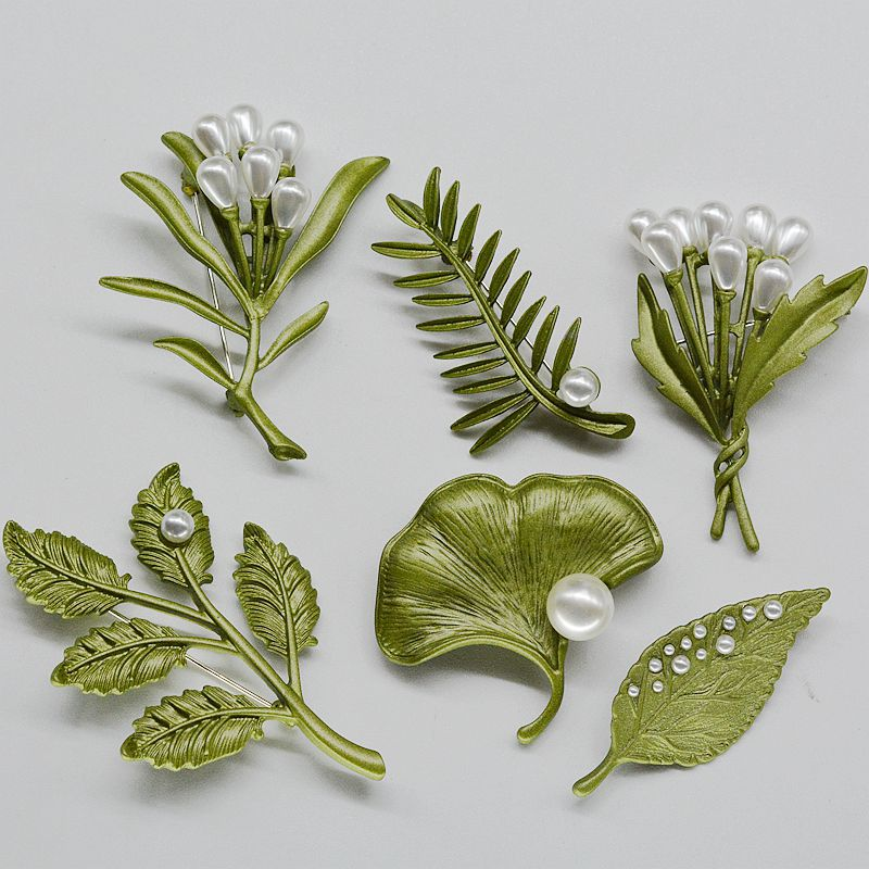 Nifty Nature's Brooches Collection for Timeless Looks