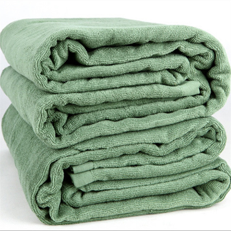 Classic Green Blanket for Beach Day