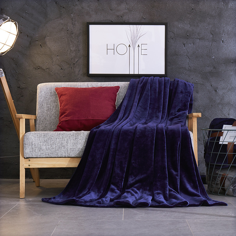 Thick Flannel Polyester Blanket for Winter and Fall