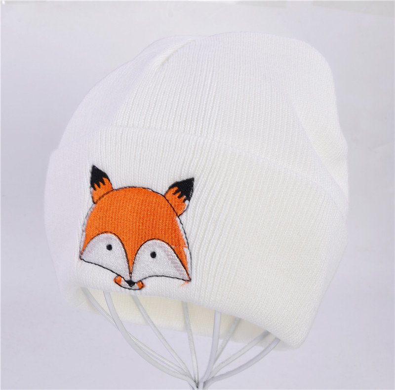 High-Quality Scottish Cap with Little Fox Embroidery Design for Kid's Head Warmer