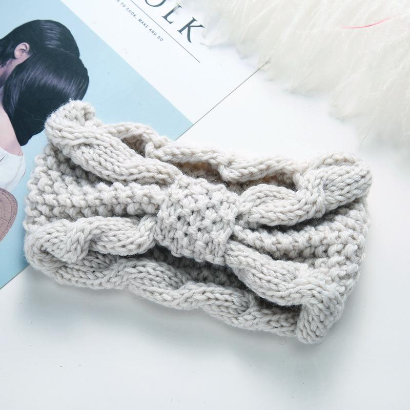 Thick Yarn Wide Knotted Headband