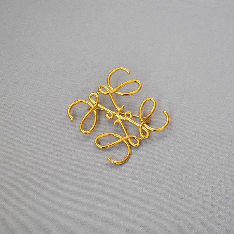 Twisting Lines Tile Pin for Scarves