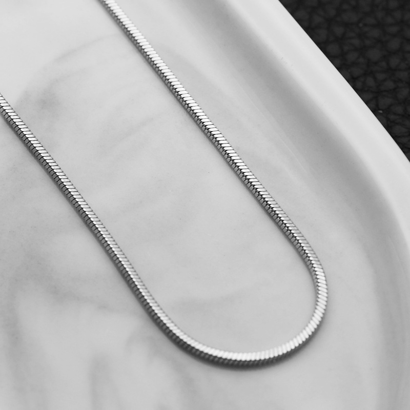 Minimalist Chain Necklace for Casual Looks