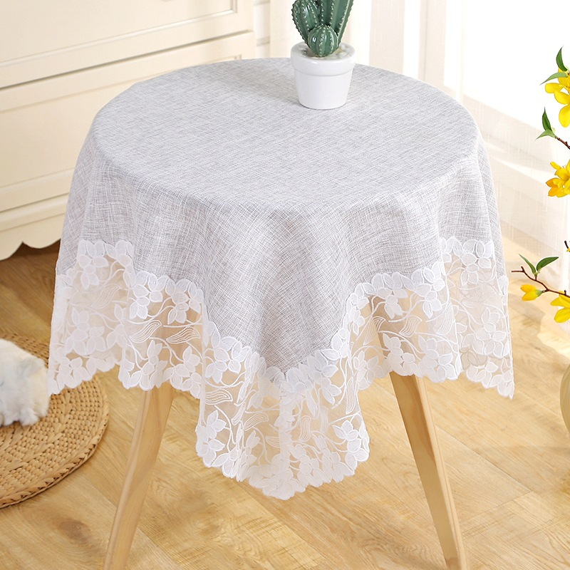 Gorgeous Floral Tablecloth for Adding Poshness to Dining Area
