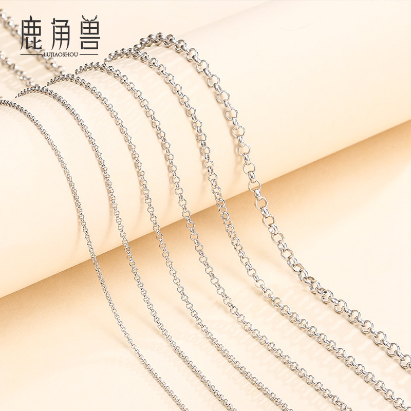 Smashing Thin Cable Chain Necklace for Casual Friday Attires