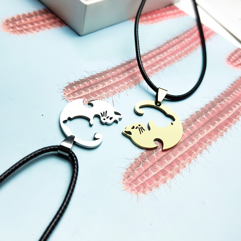 Romantic Couple Pendant Necklace for Anniversary Gifts