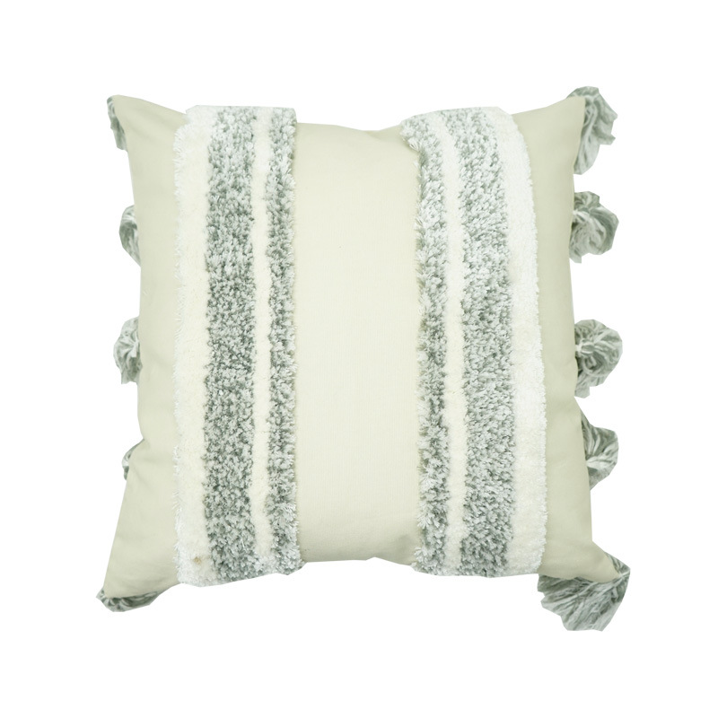 Tufted Pillow Case with Tassel