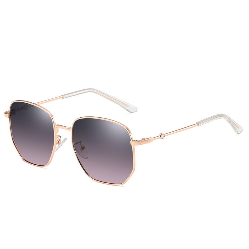 Fashionable Polarized Lens and Metal Frame Sunglasses for Summer Wear