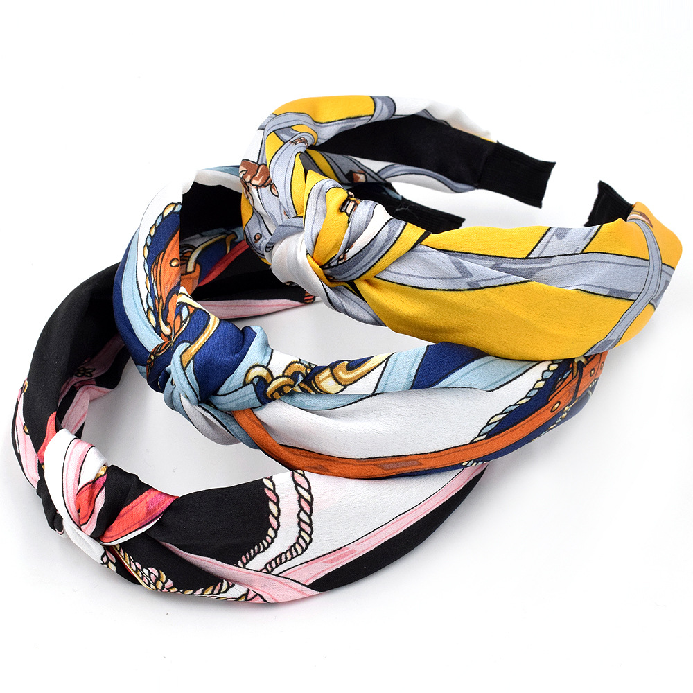 Creative Style Knotted Headband for Everyday Wear