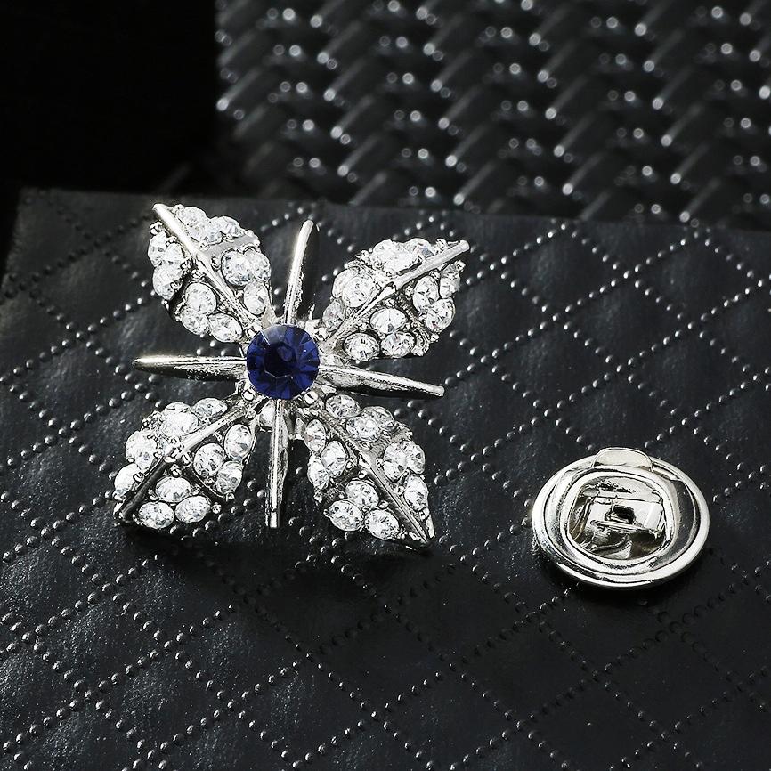 Fancy Flower-Shaped Embellished Brooch for Casual and Formal Occasions