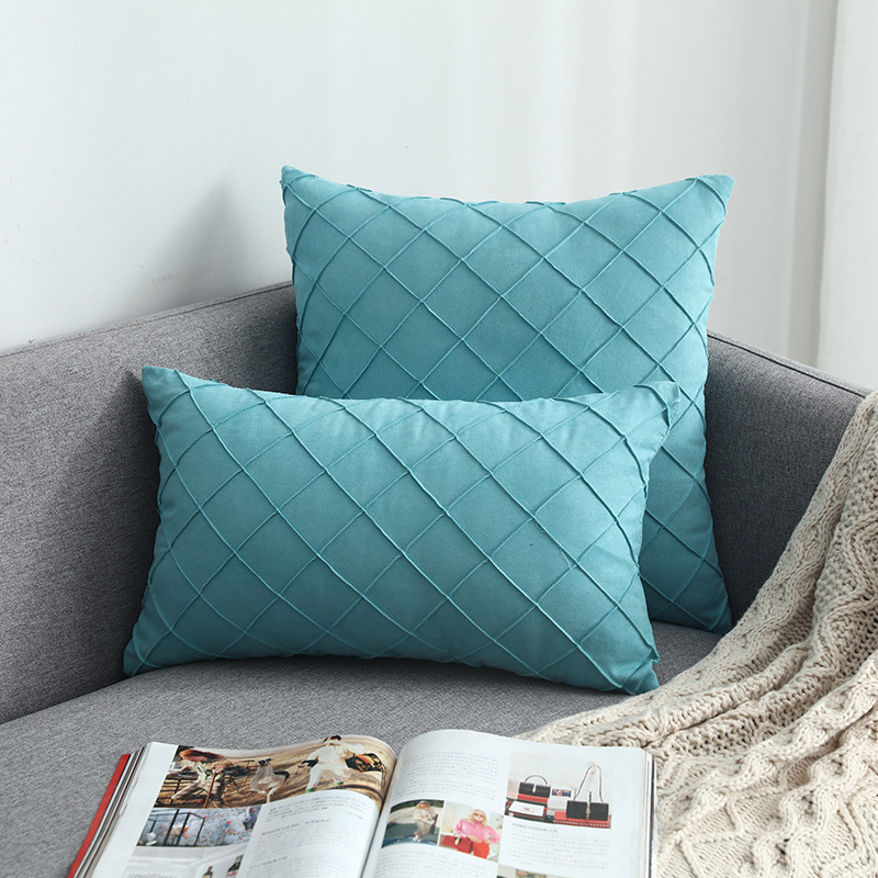 Artistic Diamond Pattern Pillowcase with Pillow Core for Living Room