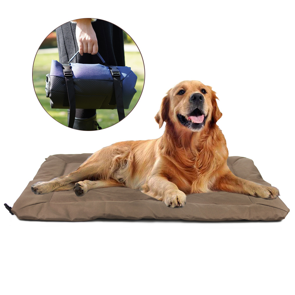 Spacious Foldable Moisture-Proof Pets Bag for Traveling with Pets