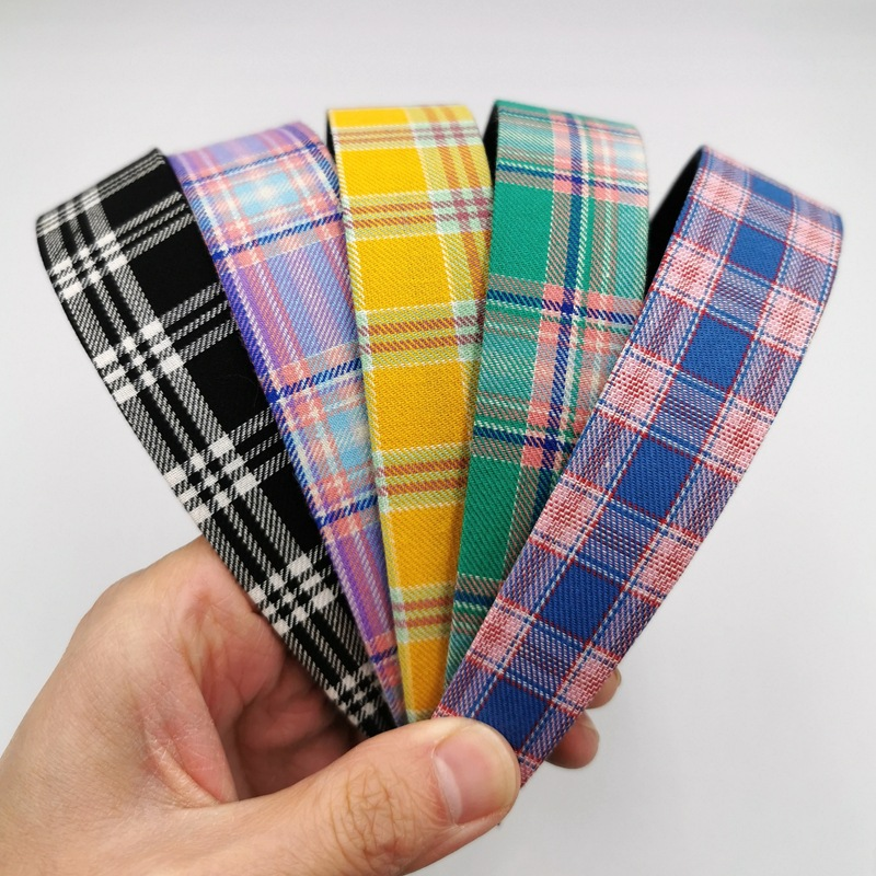 Appealing Cloth Plaid Headband for Keeping Your Hair Intact