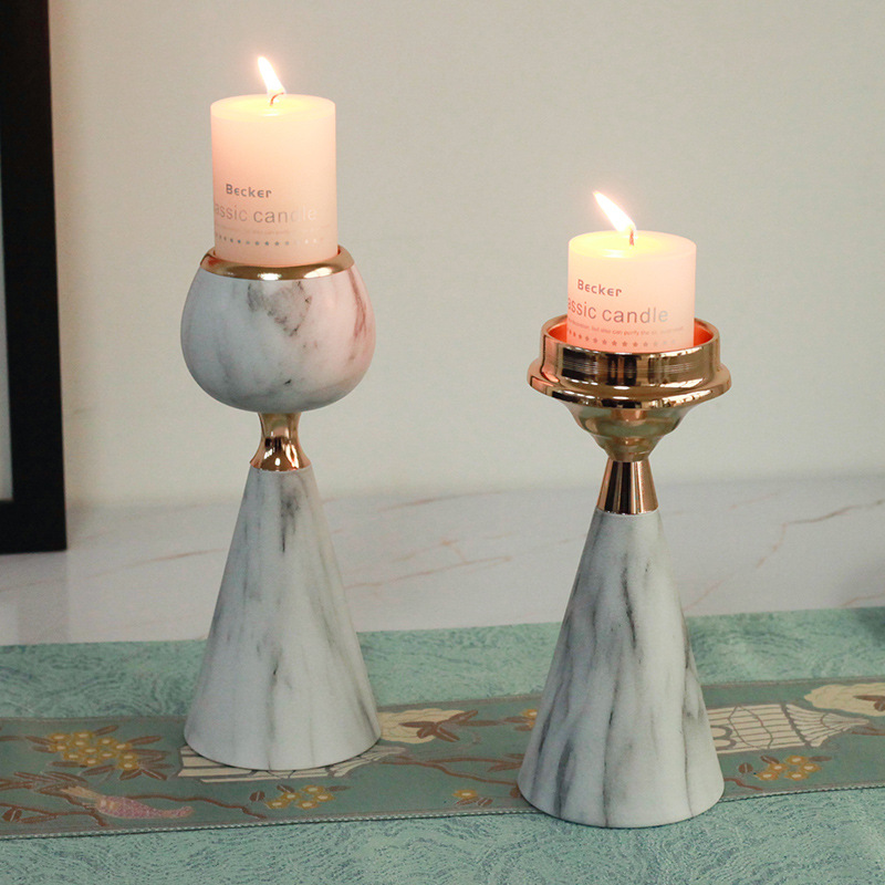 Luxurious Candle Holder for Putting on Living Room Tables