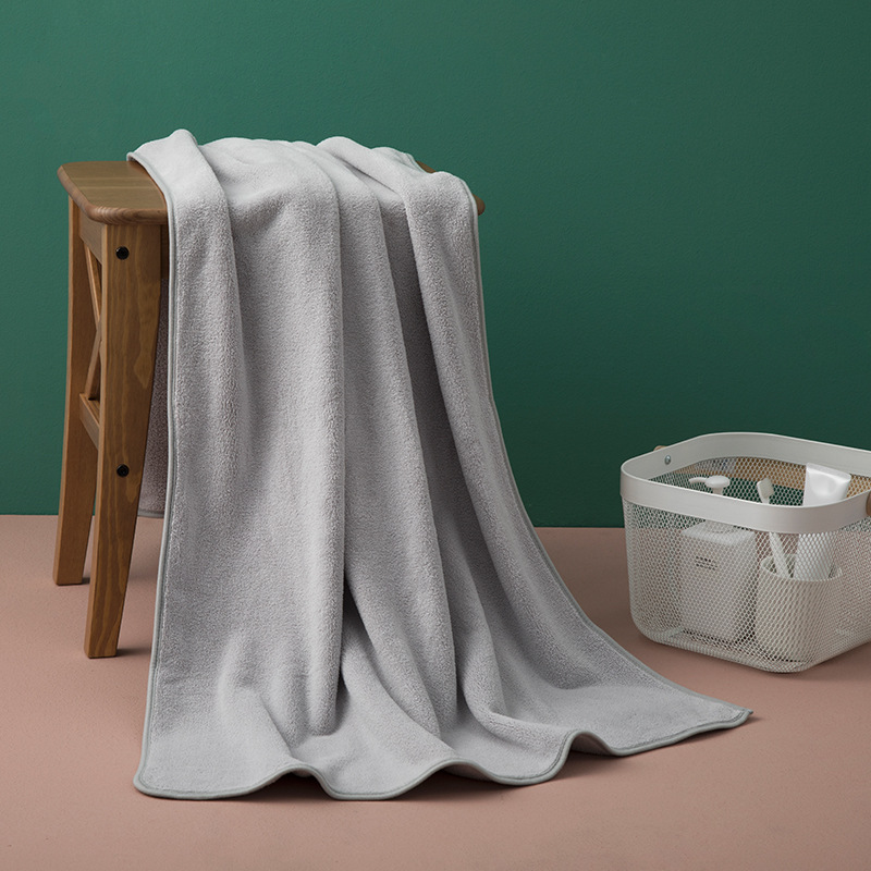 Pastel Colored Simple Absorbent Bath Towel