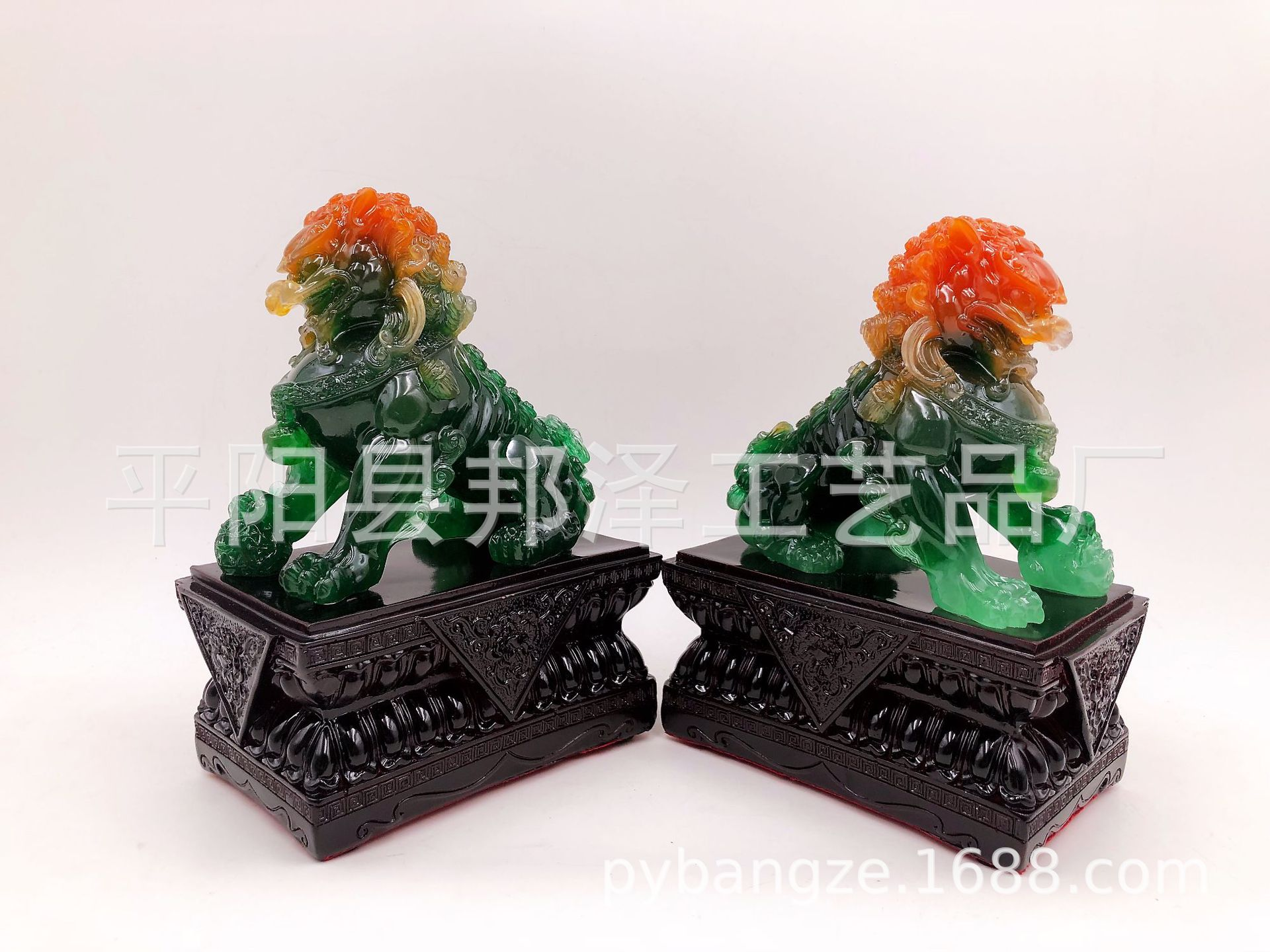 Chinese Jade Lions Ornaments for Home Decoration