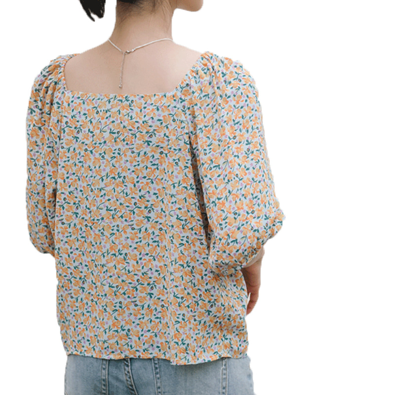 Calico Floral Pattern Square V-Neck Puff Short Sleeves Blouse for Urban Fashion