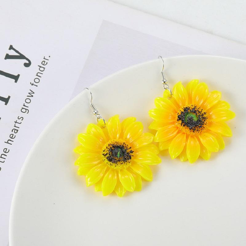 Fresh Sunflower Hook Earrings