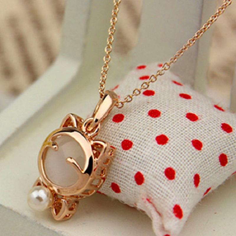 Sophisticated Rose Gold Cat Charm Necklace