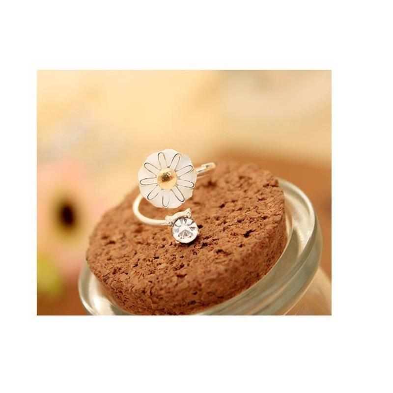 Daisy and Crystal Open Ring
