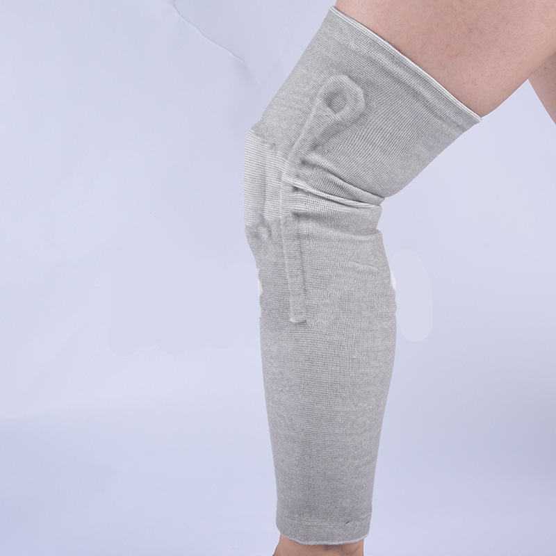 Supportive Silicone and Fabric Knee Pads for Athletes