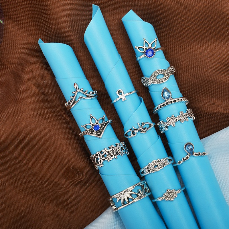 Blue Crystal Floral Rings (13 Pieces/Set)