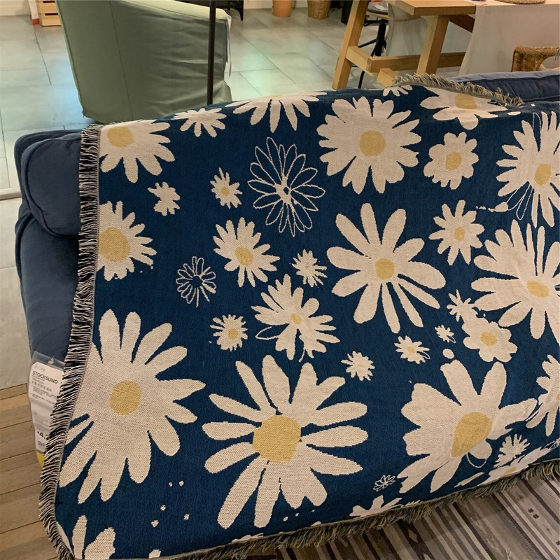 Damian Daisies Tapestry