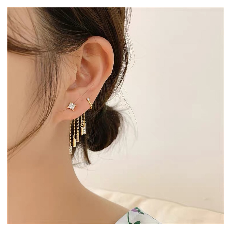 Fenna Shimmering Star Curtain Earring for Birthday Gifts